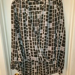 EUC-Green/tan Long sleeve blouse